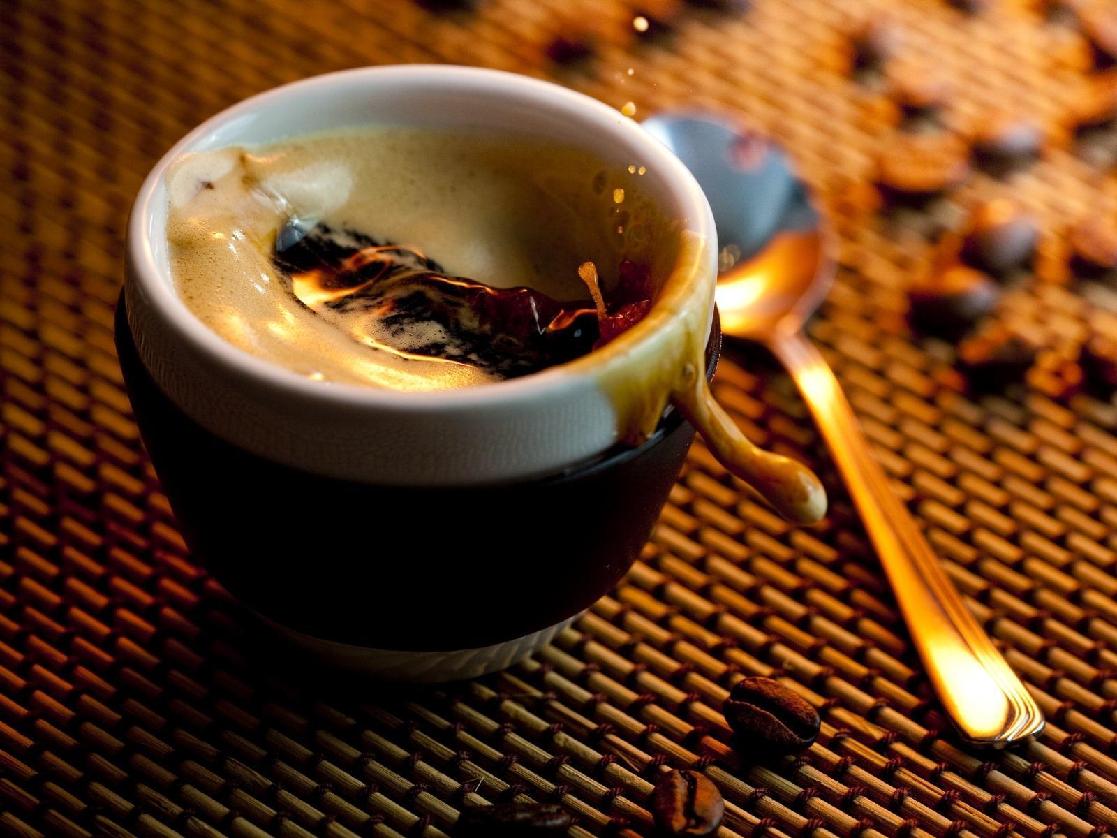 Cà phê Espresso nguyên chất