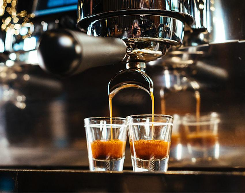 Máy pha Espresso xay cà phê nhỏ mịn