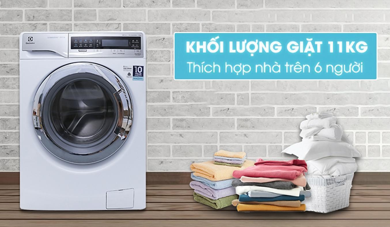 Electrolux EWF14113 có trọng lượng giặt tới 11kg giúp gia đình bạn thoải mái giặt giũ