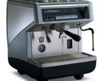 Nên mua máy pha cà phê loại nào: tự động, bán tự động hay viên nén