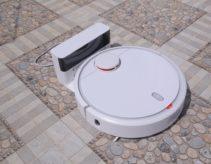 Review có nên mua robot hút bụi Xiaomi Mi Vacuum, giá bao nhiêu