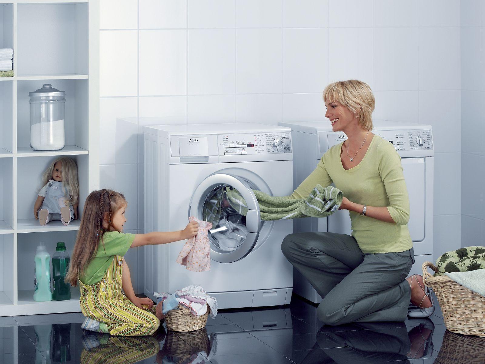 Vệ sinh máy sấy quần áo thường xuyên để thiết bị bền lâu hơn