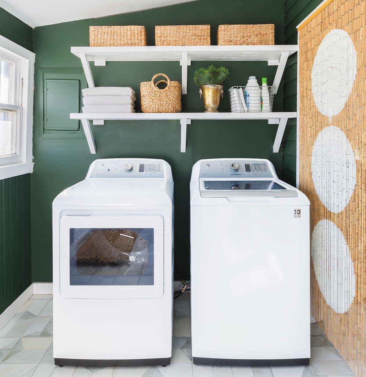 Máy giặt lồng đứng có mức giá rẻ hơn so với các loại máy giặt khác